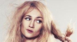 trattamenti ricostruttivi per capelli sfibrati