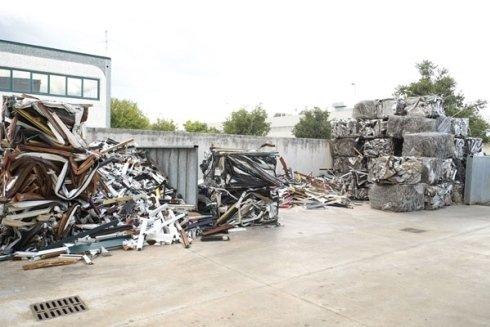 azienda riciclaggio