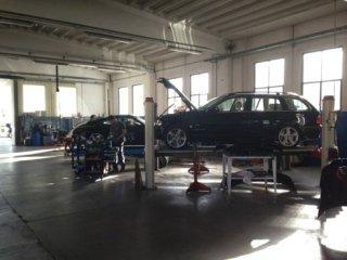 riparazione di auto grandinate