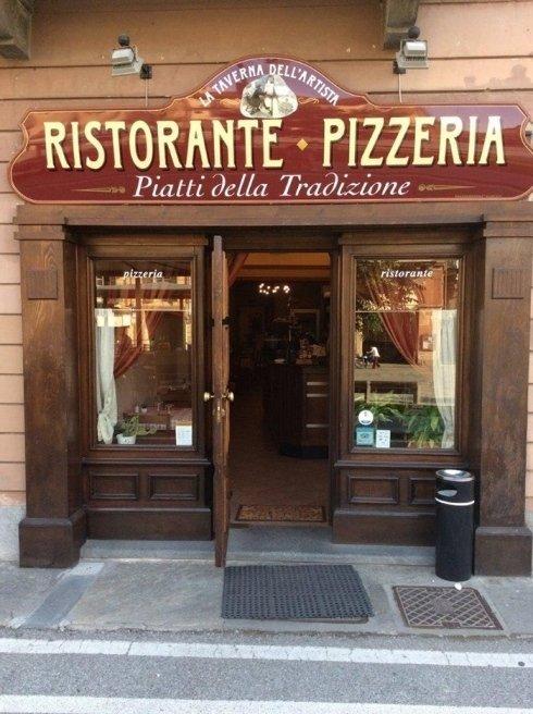 ingresso pizzeria, piatti torinesi,piatti piemontesi