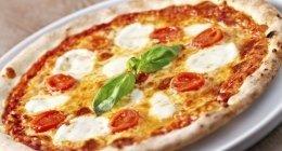 pizza margherita, pizza tonda, pizza classica