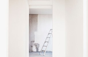 For painting and decorating in Birmingham call Internal Solutions Property Services on 0121 285 1204