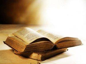libro di preghiera aperto