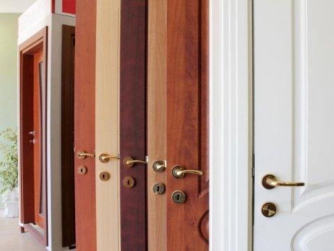 montaggio infissi e porte da interno a brescia