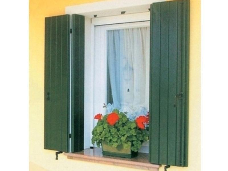 finestre con persiane brescia
