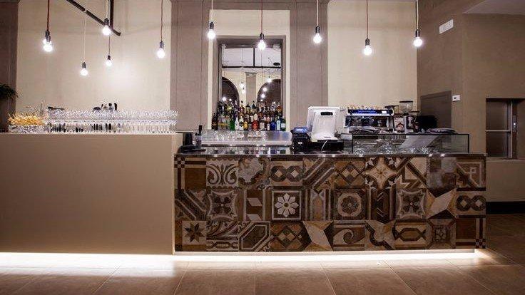 arredamento bar ristoranti su misura