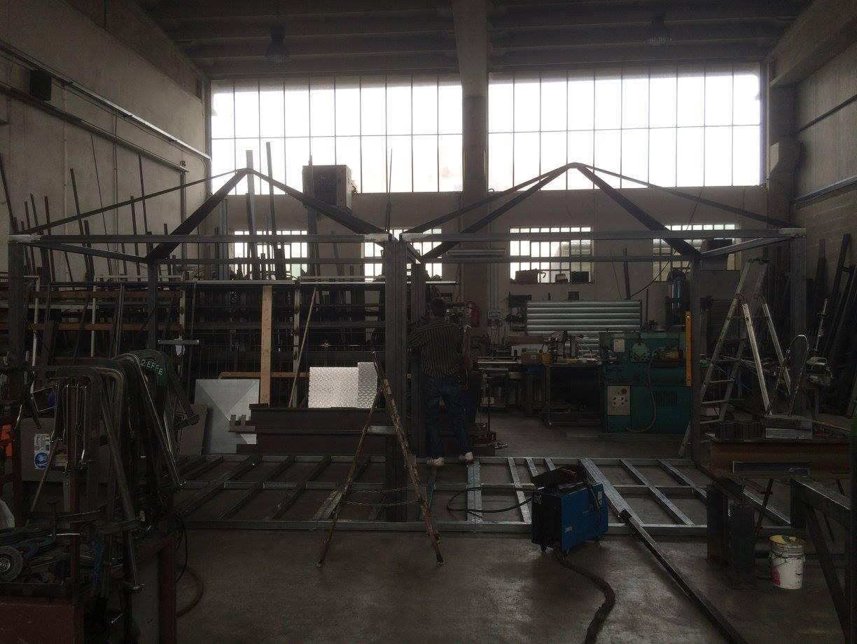 interno di una carpenteria