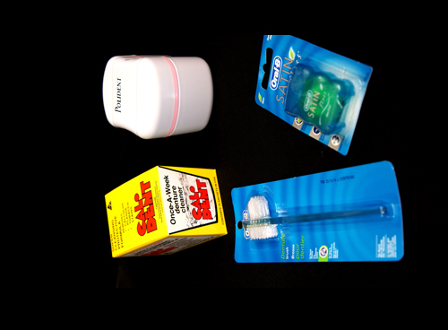 Denture cleaner products