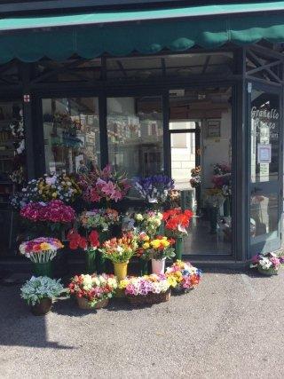 Chiosco fiori Granello Renzo marmi