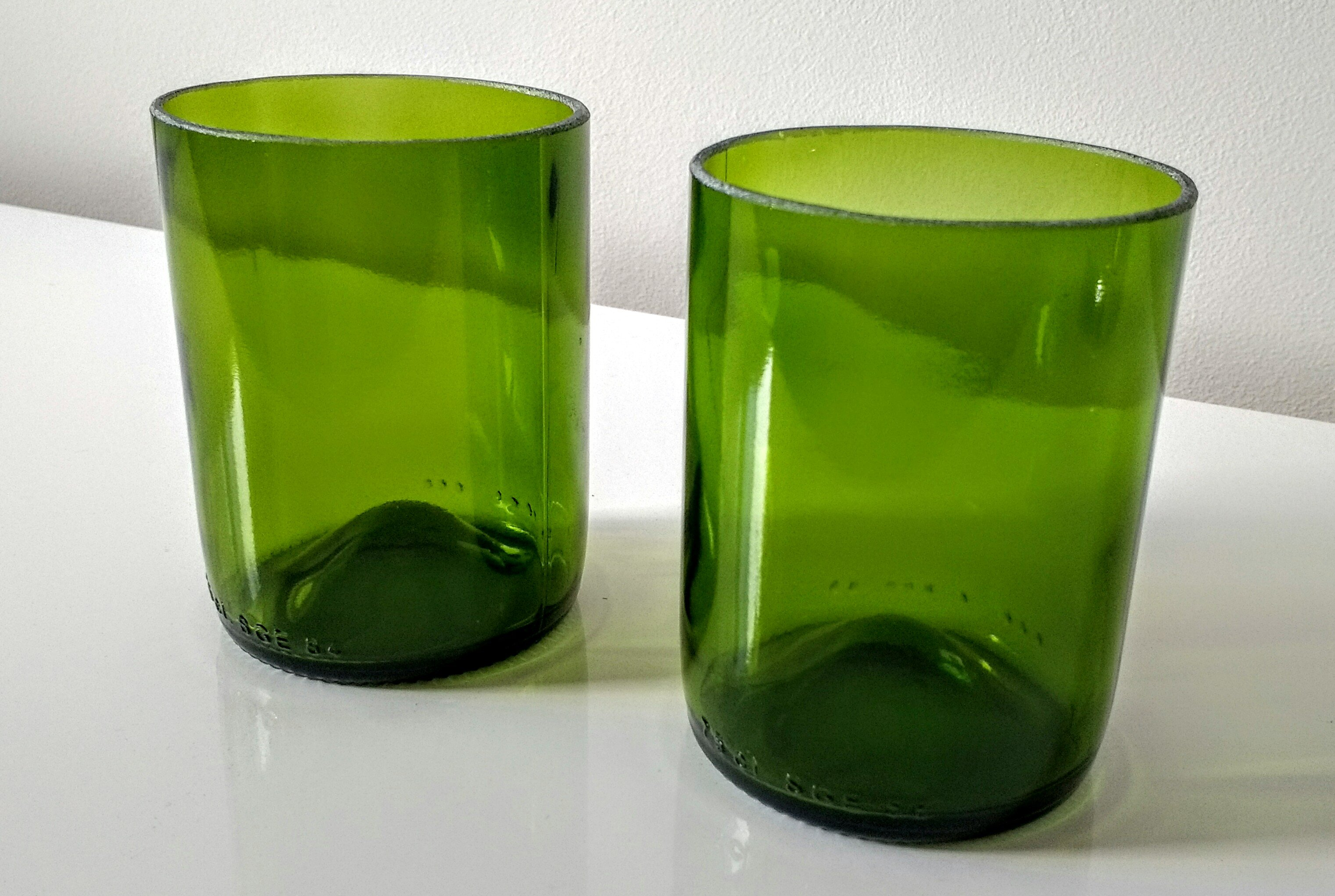 wine bottle glasses, upcycled wine bpottles, upcycled glass, glass tumblers, handmade glasses