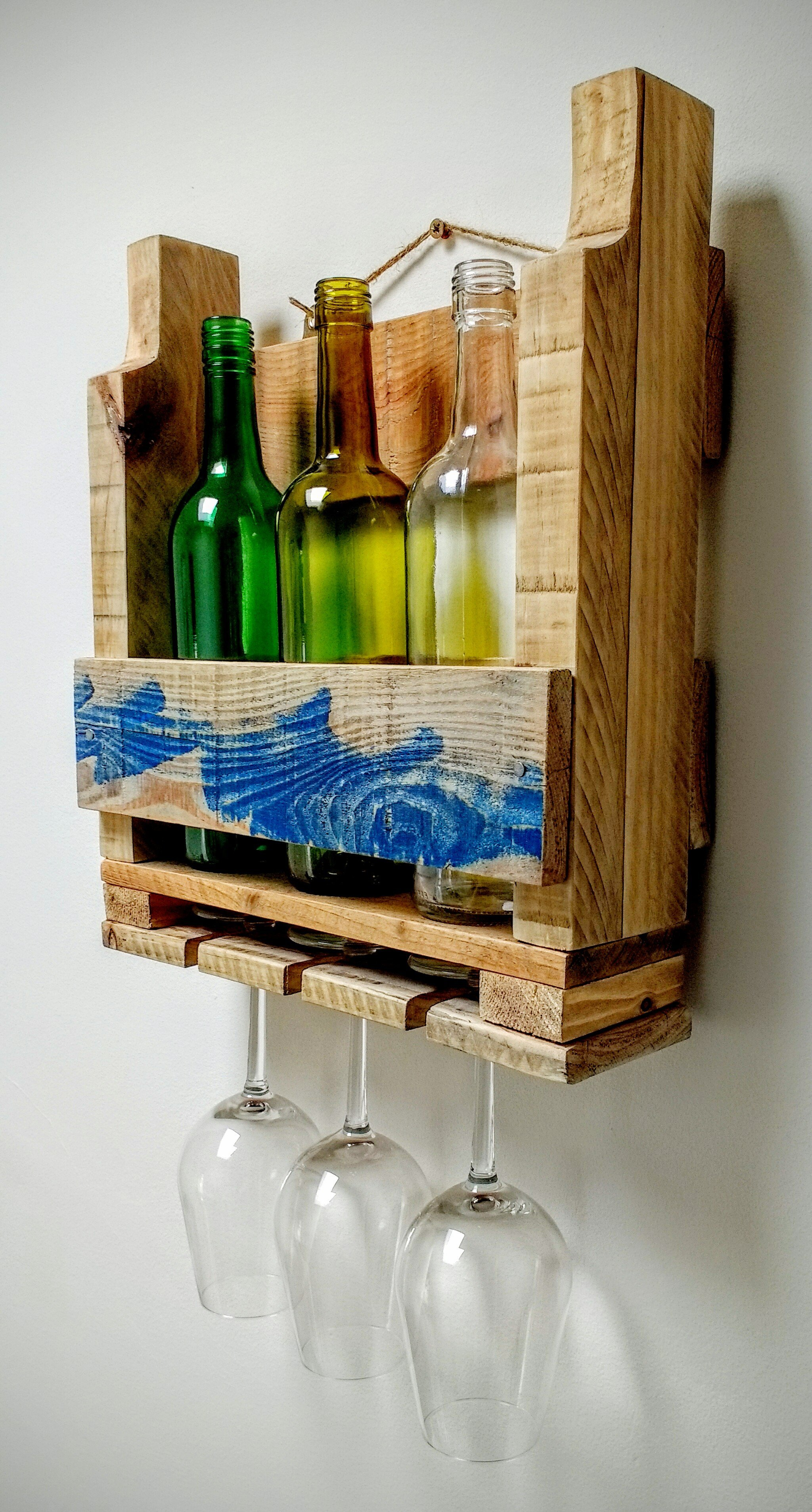 pallet wood wine rack, pallet wood wine bottle holder, glass hanger, upcycled pallet wine rack