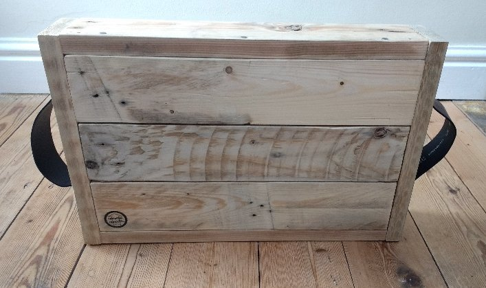 pallet tray, pallet wood tray, upcycled pallet tray, handmade pallet tray, pallet tray with leather handles, pallet tray with rope handles