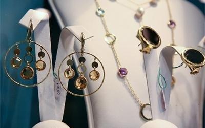 vendita orecchini