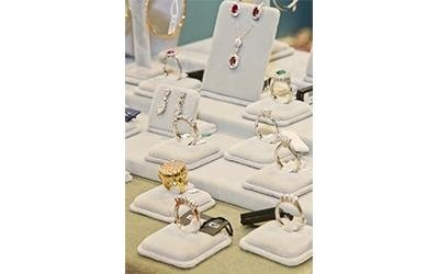 anelli dimaanti