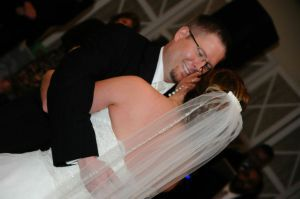 Testimonial Pic Evans Entertainment Weddings