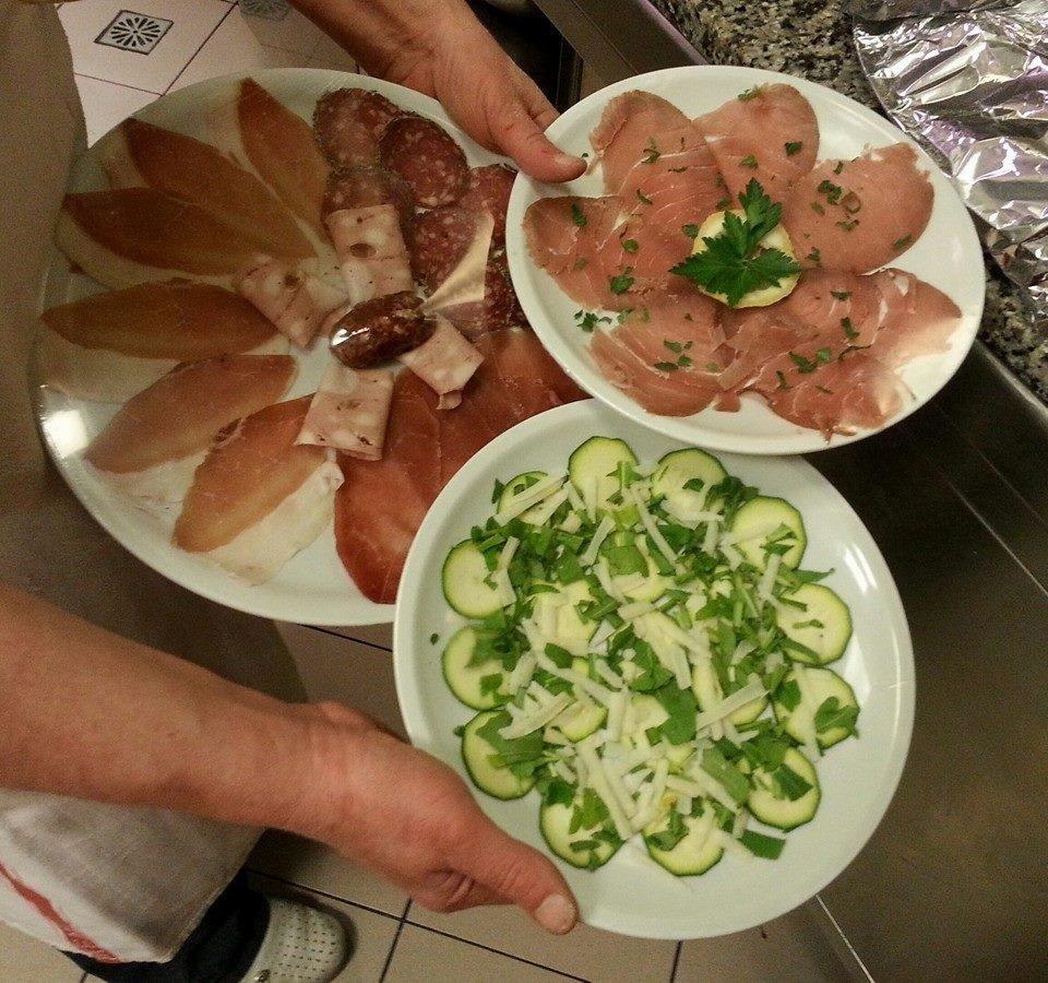 Salumi Toscani - Antipasto Salumi Toscani - La Mensa del Conte Pienza