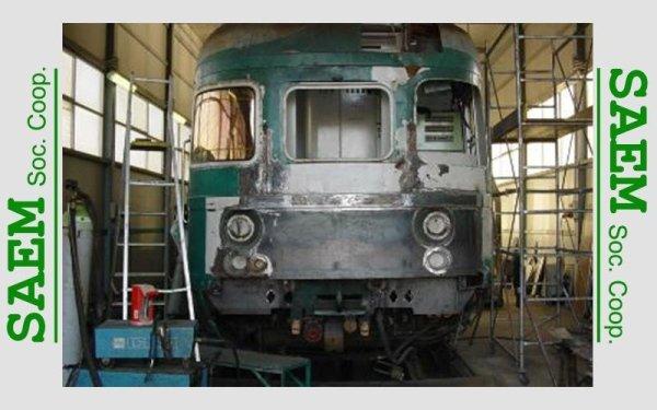 un  treno rovinato