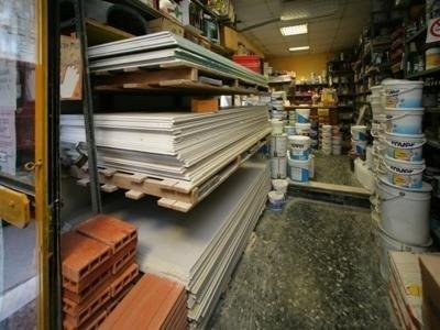 magazzino con pannelli in cartongesso