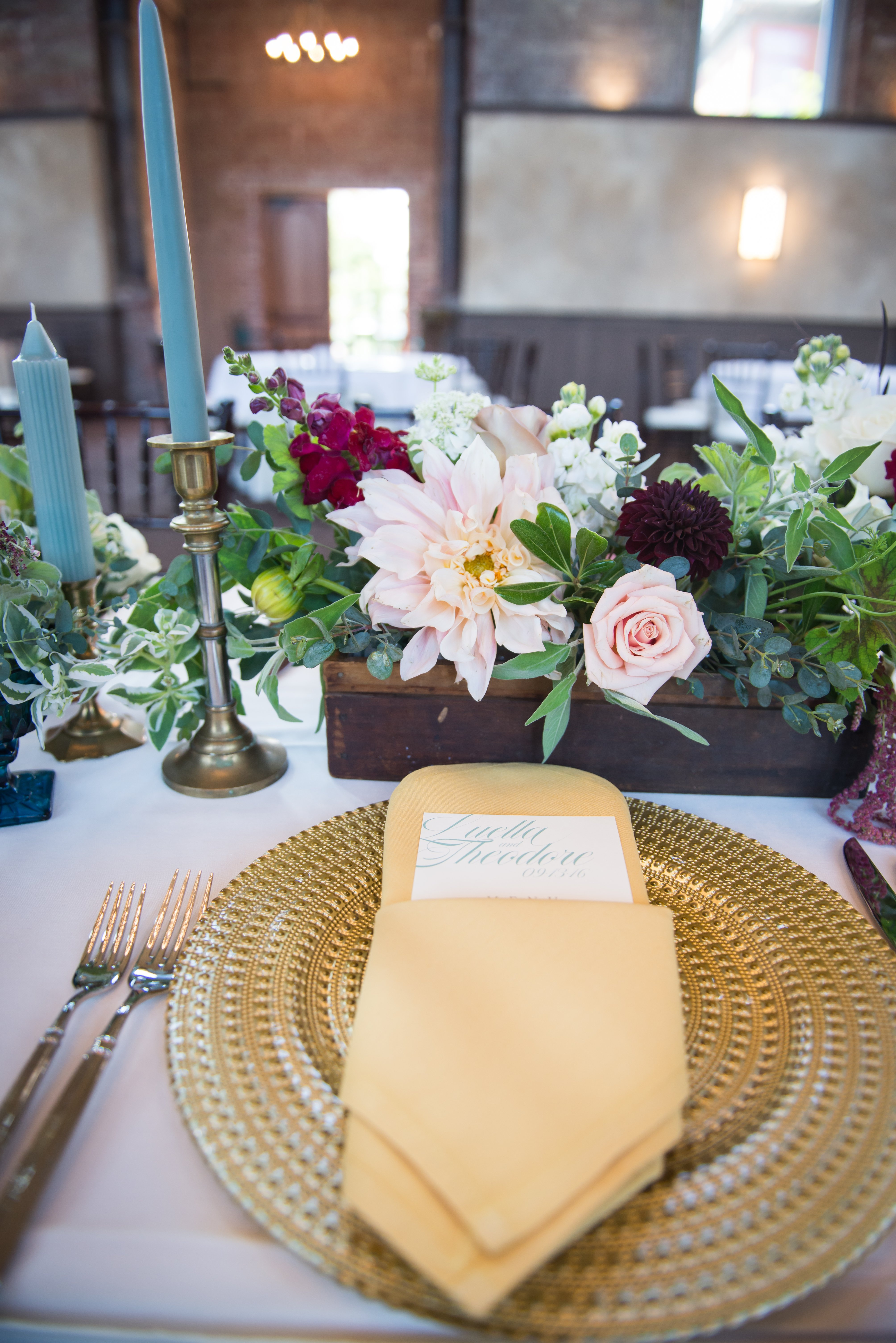 wedding and event table flowers