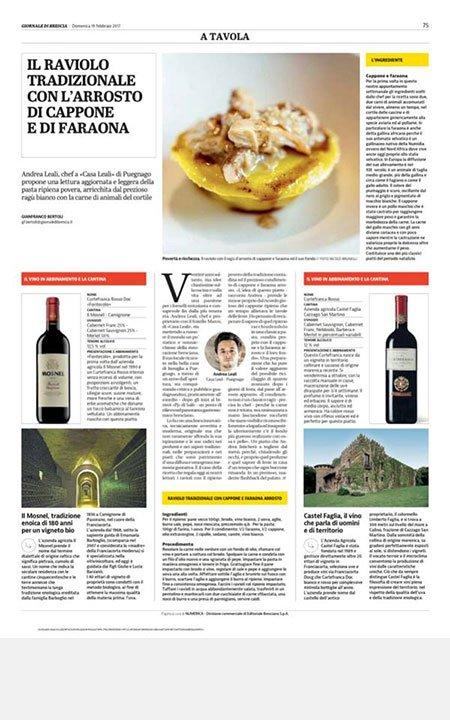 un articolo di una rivista che parla del raviolo tradizionale,con l'arrosto di cappone e faraona