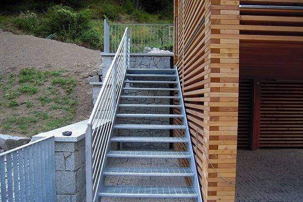 installazione scale metalliche