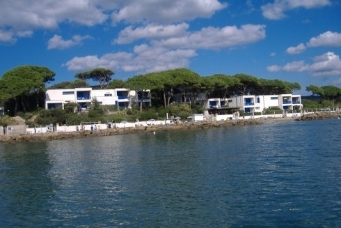 Vista residence dal mare