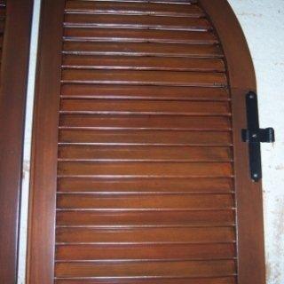 infissi in legno, restauro serramenti