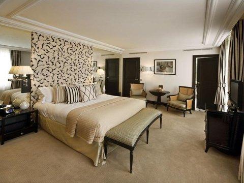 fornitura mobili per alberghi