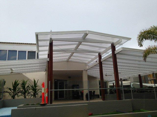 danpalon-roof