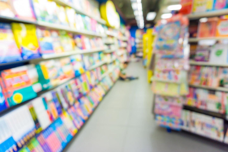 scaffali libreria colorati
