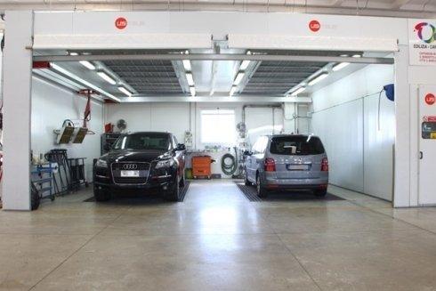 Nonostante la carrozzeria sia autorizzata Fiat, vengono riparate con maestria tutte le auto dei grandi marchi produttori.