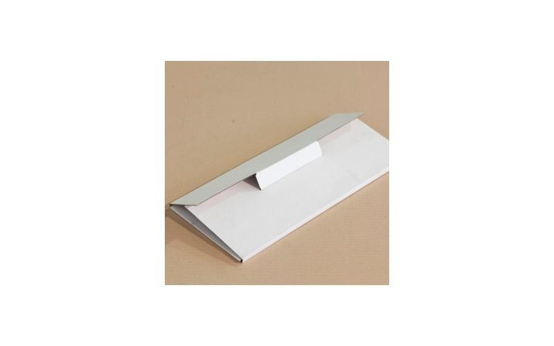 scatola bianca per documenti