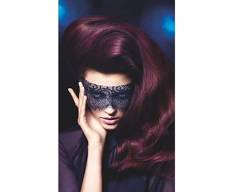 identite hair beauty nails woman in mask