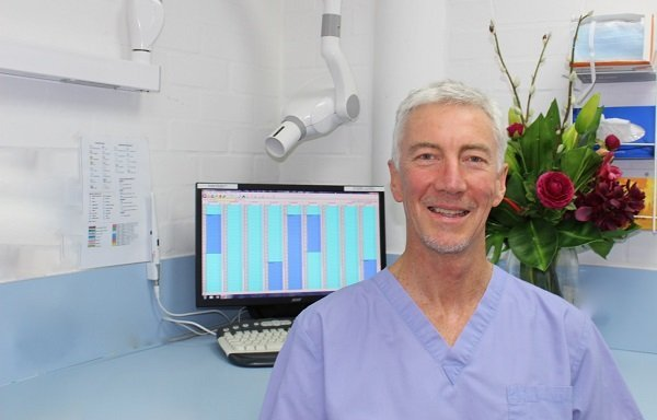 Dr Charles Love BDSc(WA) BSc (Principal Dentist)