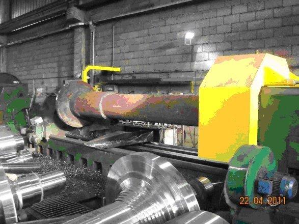 macchinario per la forgiatura