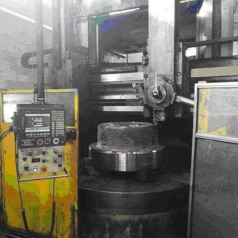 macchinario per la fabbricazione di elementi metallici