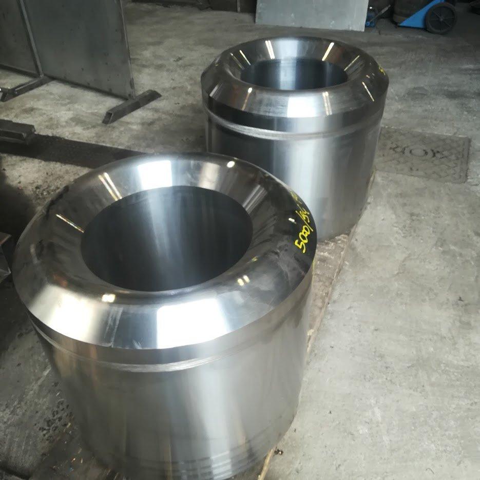 componenti metalliche dopo fase di lavorazione