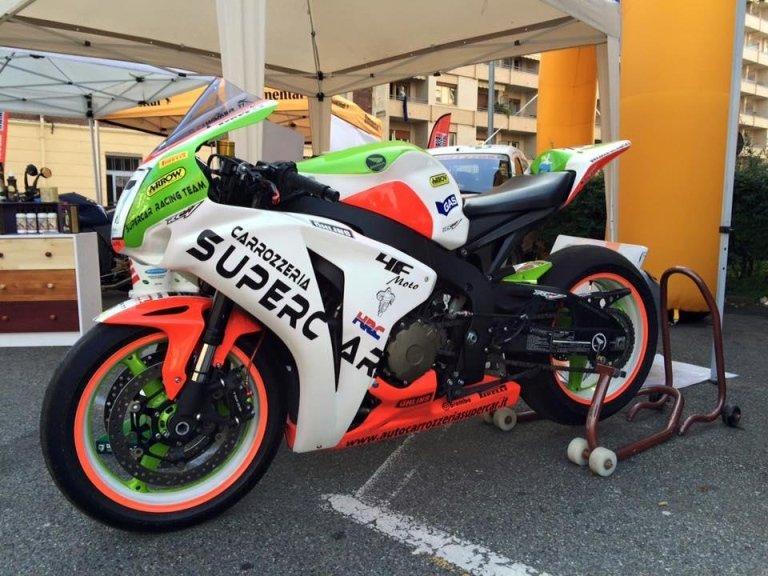 moto supercar
