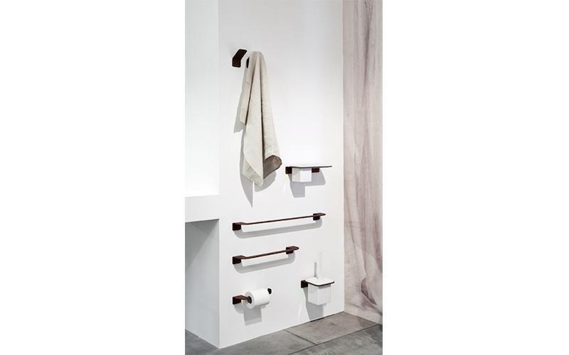Arredo bagno palazzolo milanese milano carlo scurati - Porta asciugamani da parete ...