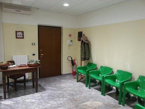 La porta di ingresso dello studio Benelli.