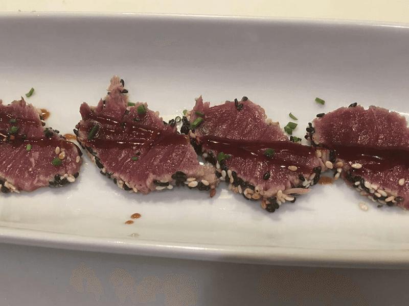 Sashimi di tonno tataki