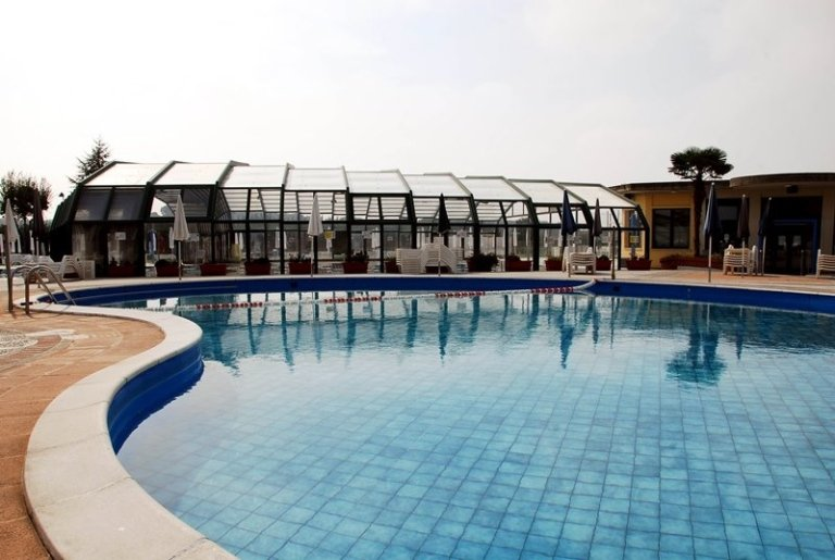 piscine la contea