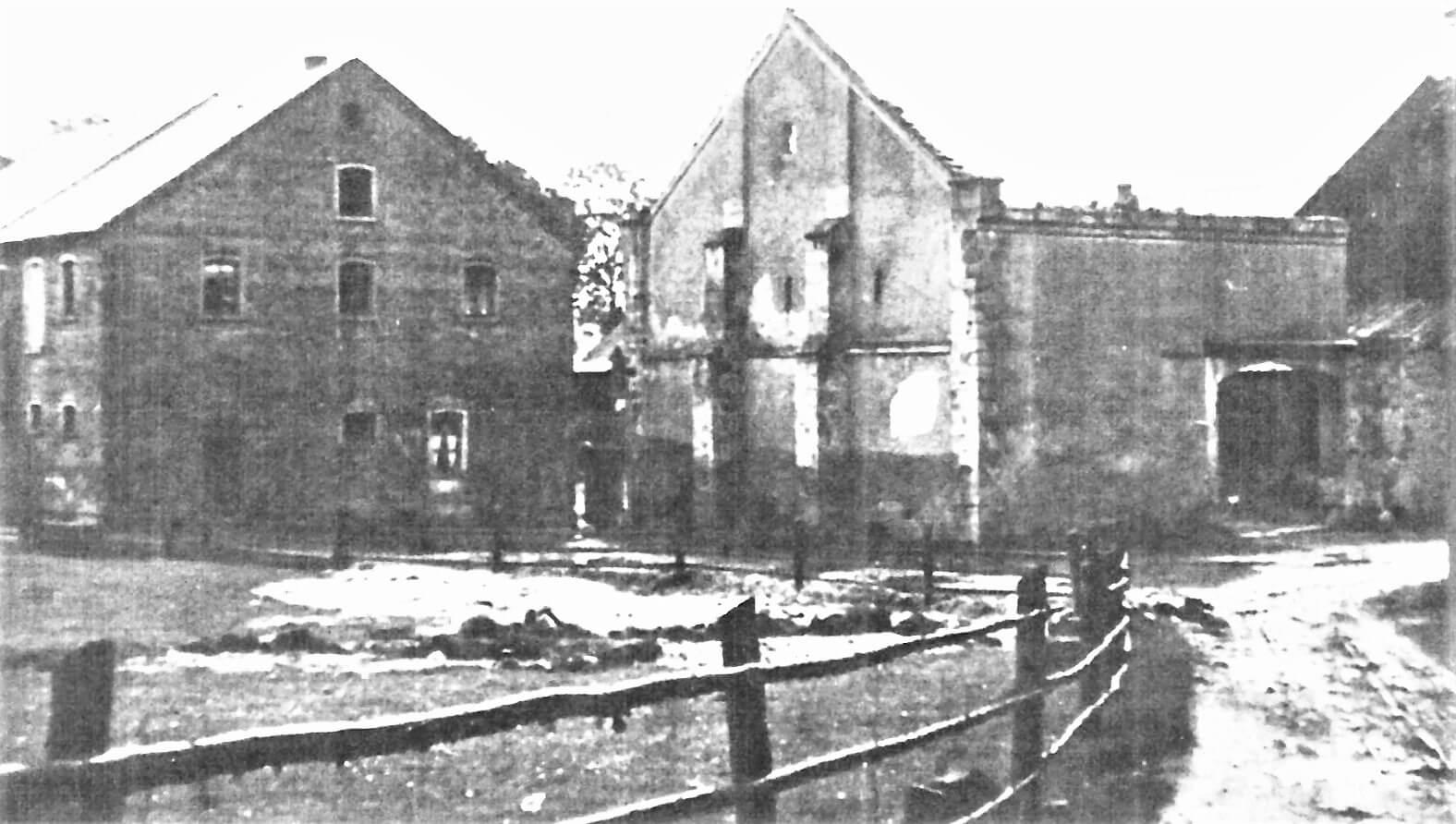 Rittergut Adlershof zu Oberlauterbach - Abriss der Scheune nach Brand © unbekannt