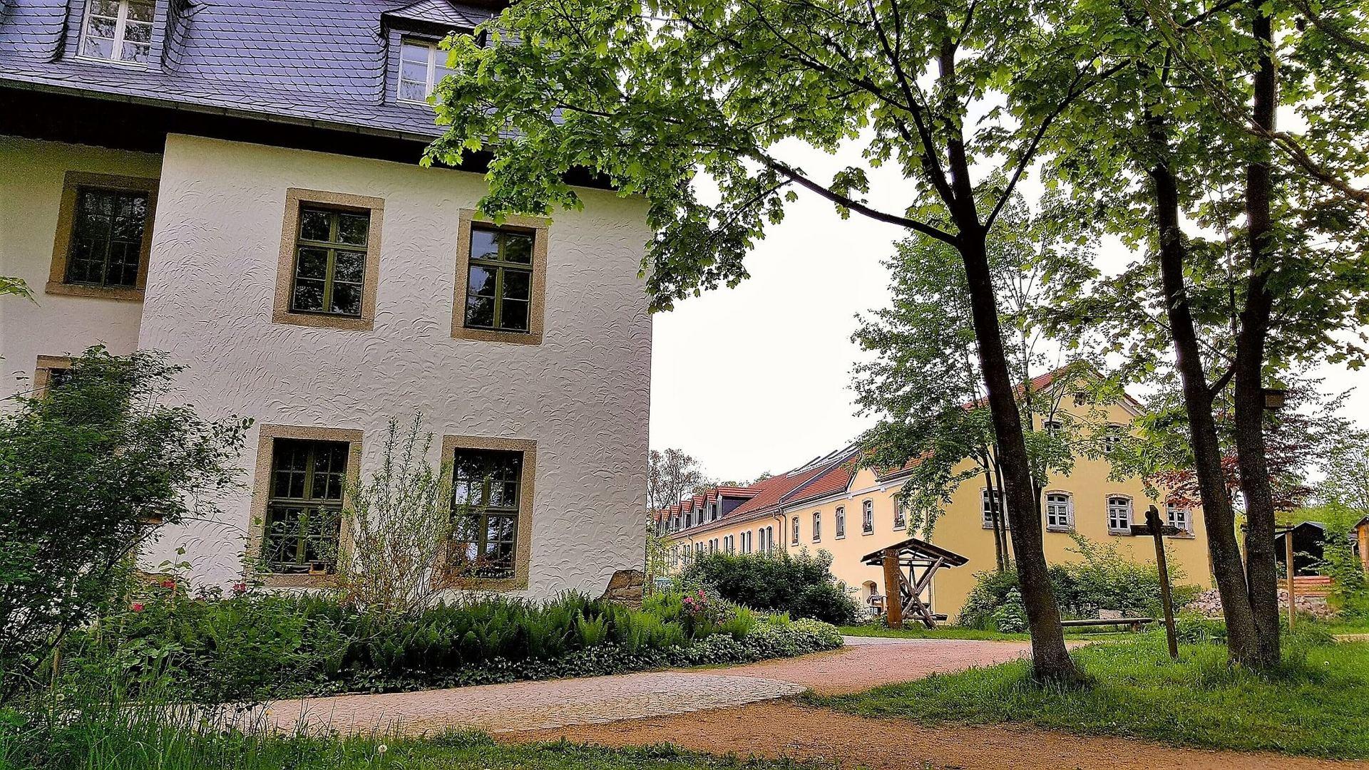 Rittergut Adlershof zu Oberlauterbach - Blick in Gutshof © Jens Reiher