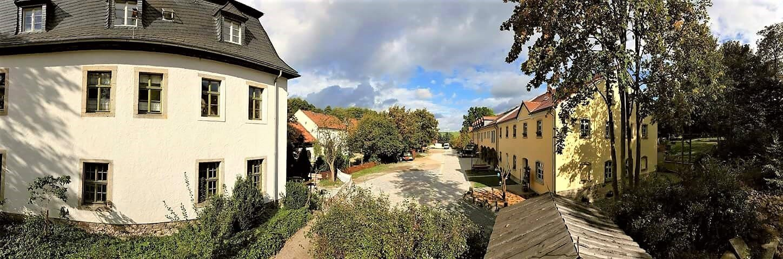 Rittergut Adlershof zu Oberlauterbach - Blick in Innenhof © Jens Reiher
