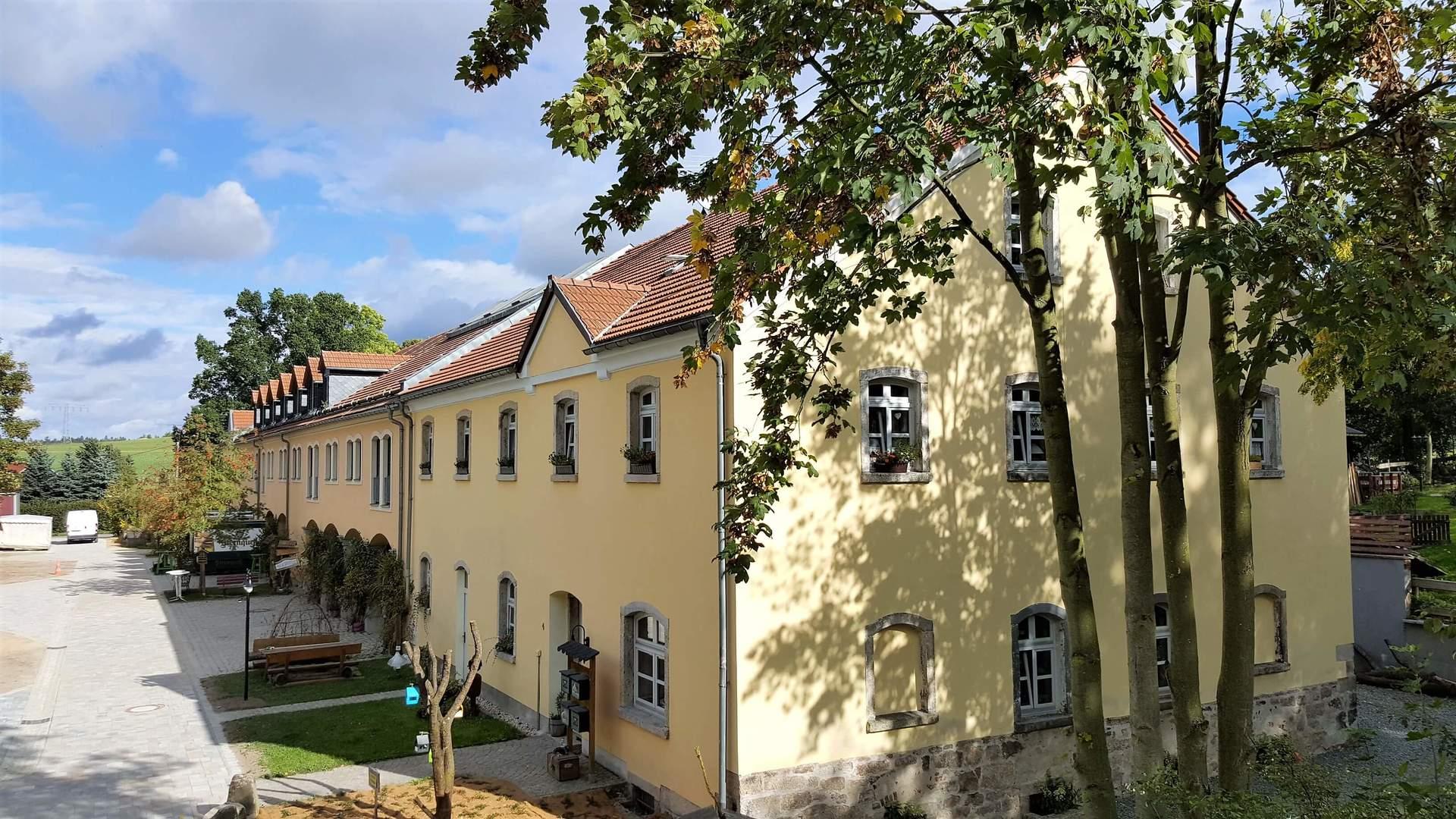 Rittergut Adlershof zu Oberlauterbach - Blick zur Hofstub © Jens Reiher