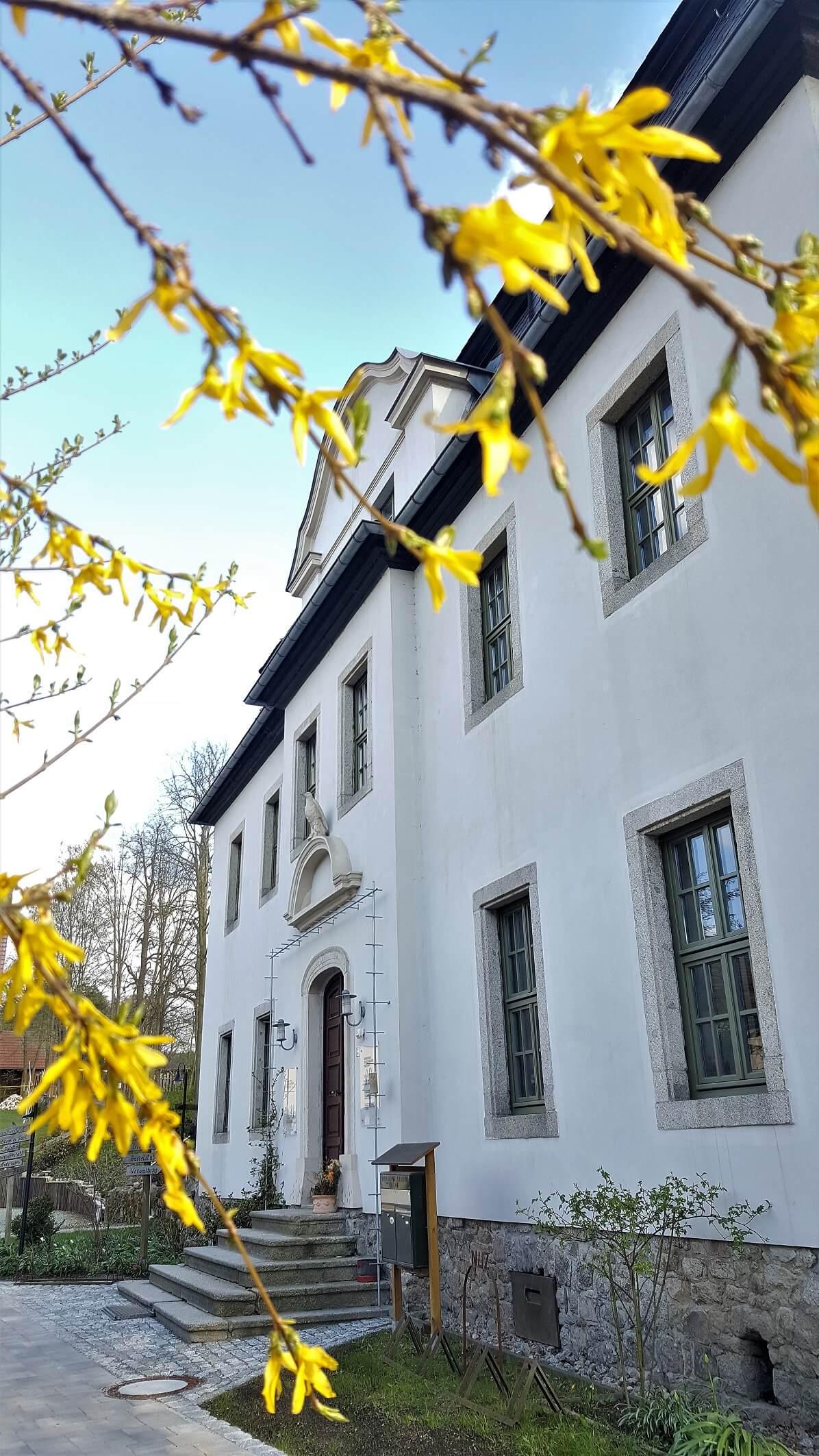 Rittergut Adlershof zu Oberlauterbach - Eingang Herrenhaus © Jens Reiher