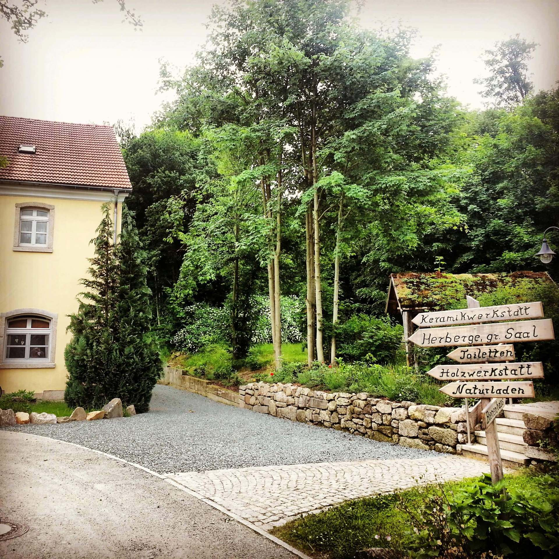 Rittergut Adlershof zu Oberlauterbach - Zufahrt Gutsverwalterhaus © Jens Reiher