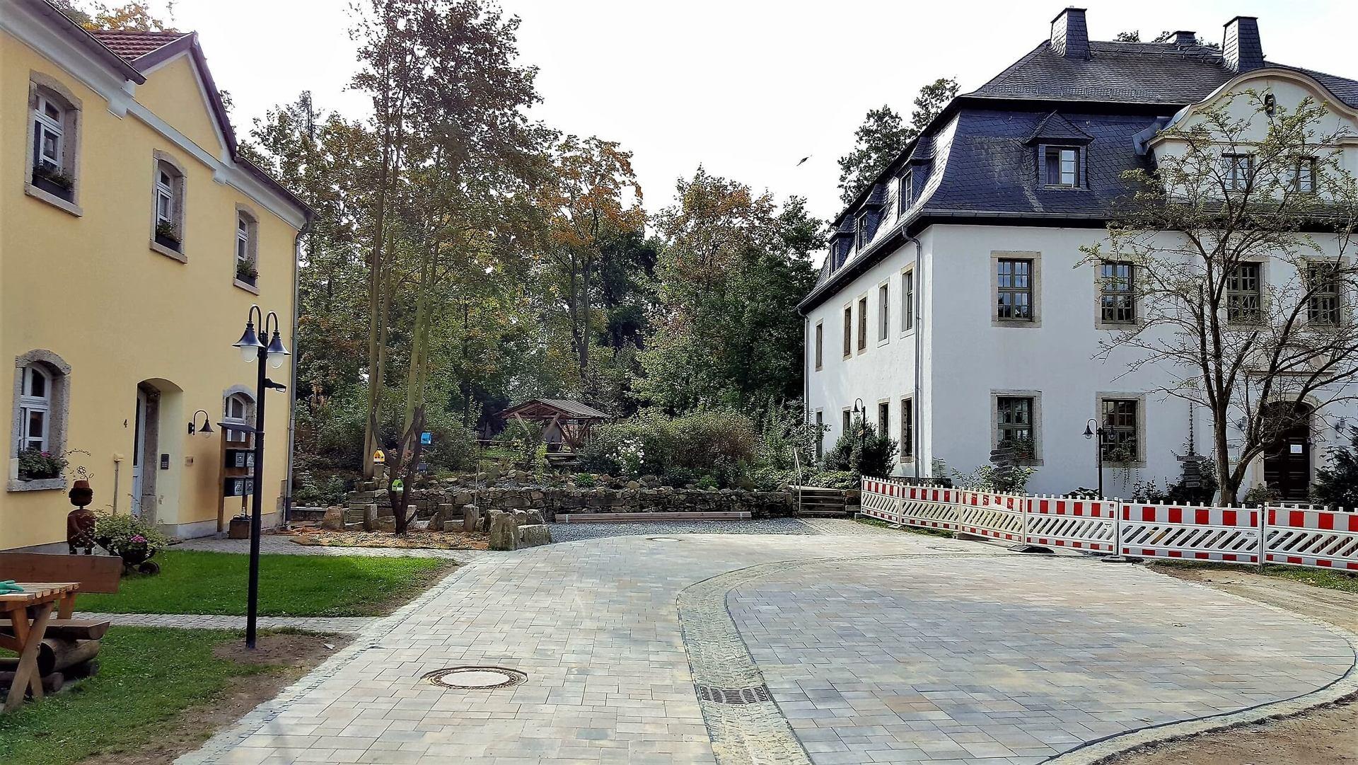 Rittergut Adlershof zu Oberlauterbach - sanierte Hofdurchfahrt © Jens Reiher