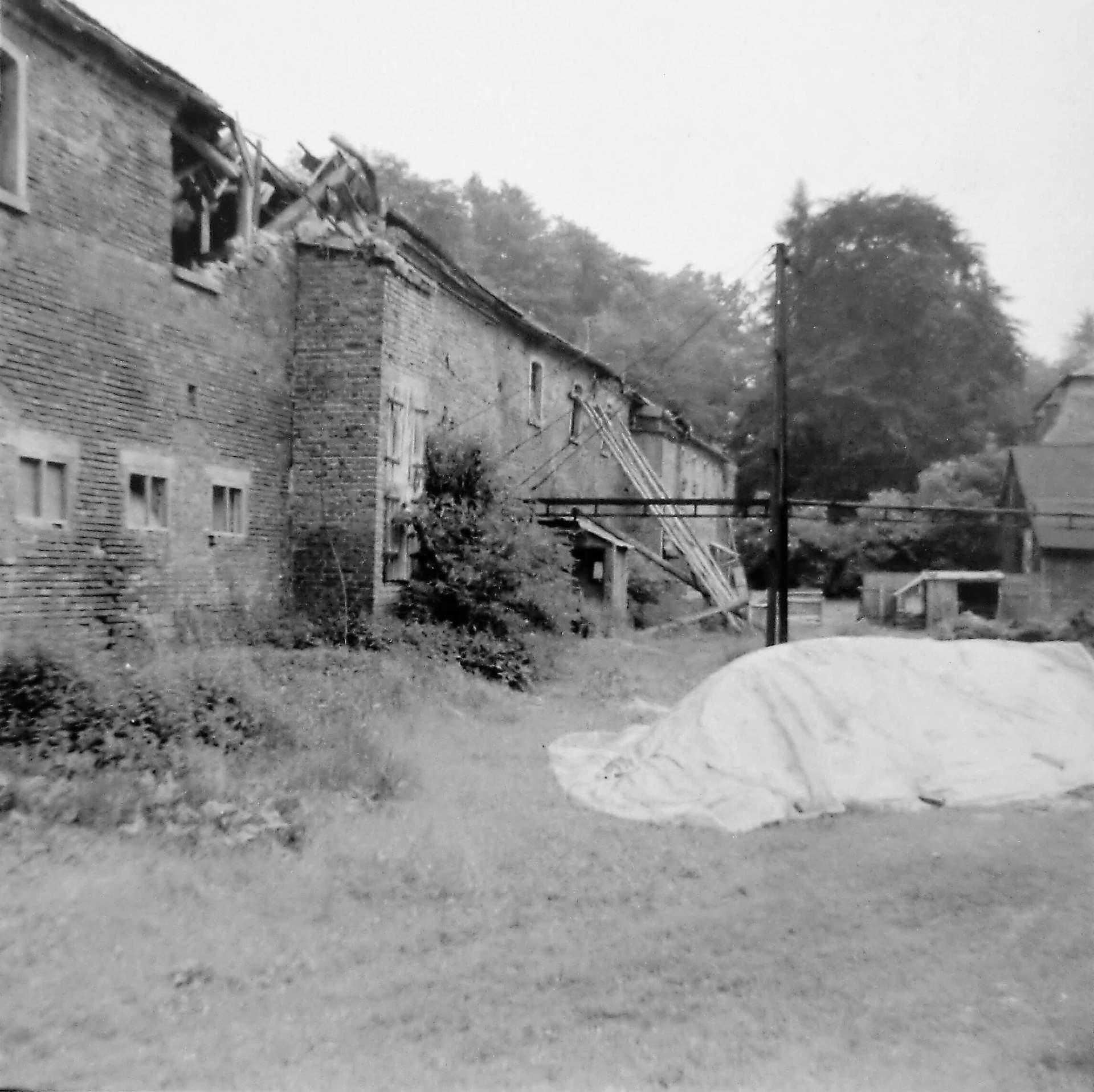 Rittergut Adlershof zu Oberlauterbach - Gutshof vor Abriss Stallungen © Fotostudio Pieschel